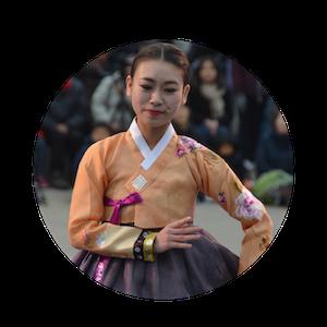 femme en hanbok